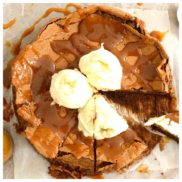 Σοκολατένιο κέικ χωρίς αλεύρι