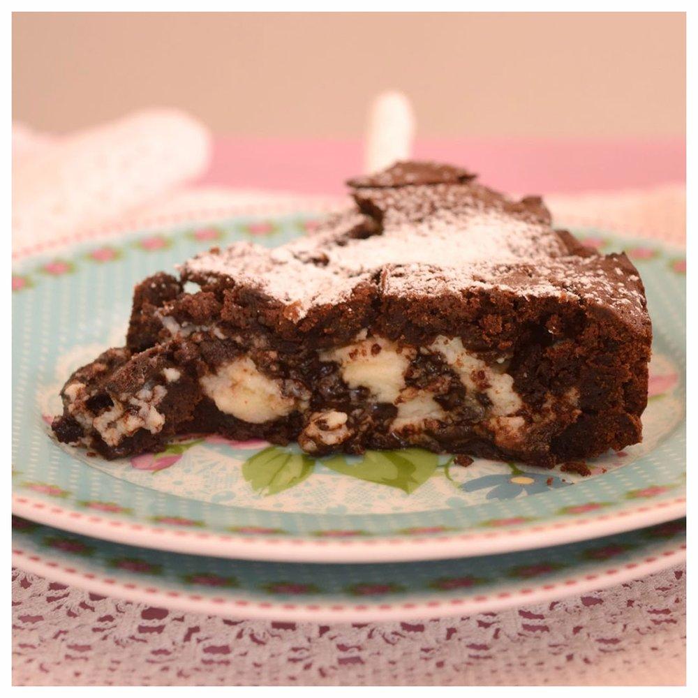 Σοκολατένια πίτα με τυριά