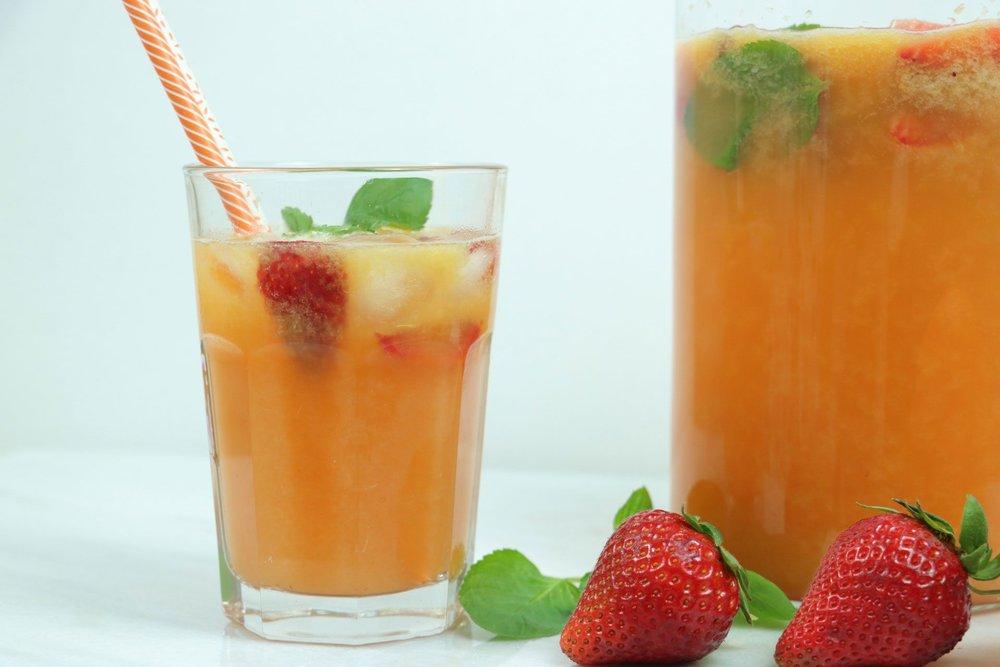Φρουτοποτό φράουλα & πορτοκάλι