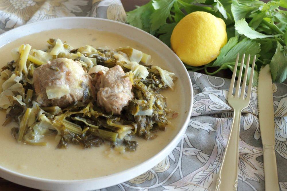 Χοιρινό πρασοσέλινο με αυγολέμονο στην κατσαρόλα