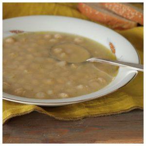 Ρεβύθια λεμονάτα σούπα