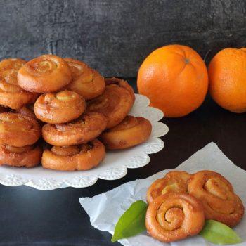 ρολάκια πορτοκαλιού με ζάχαρη