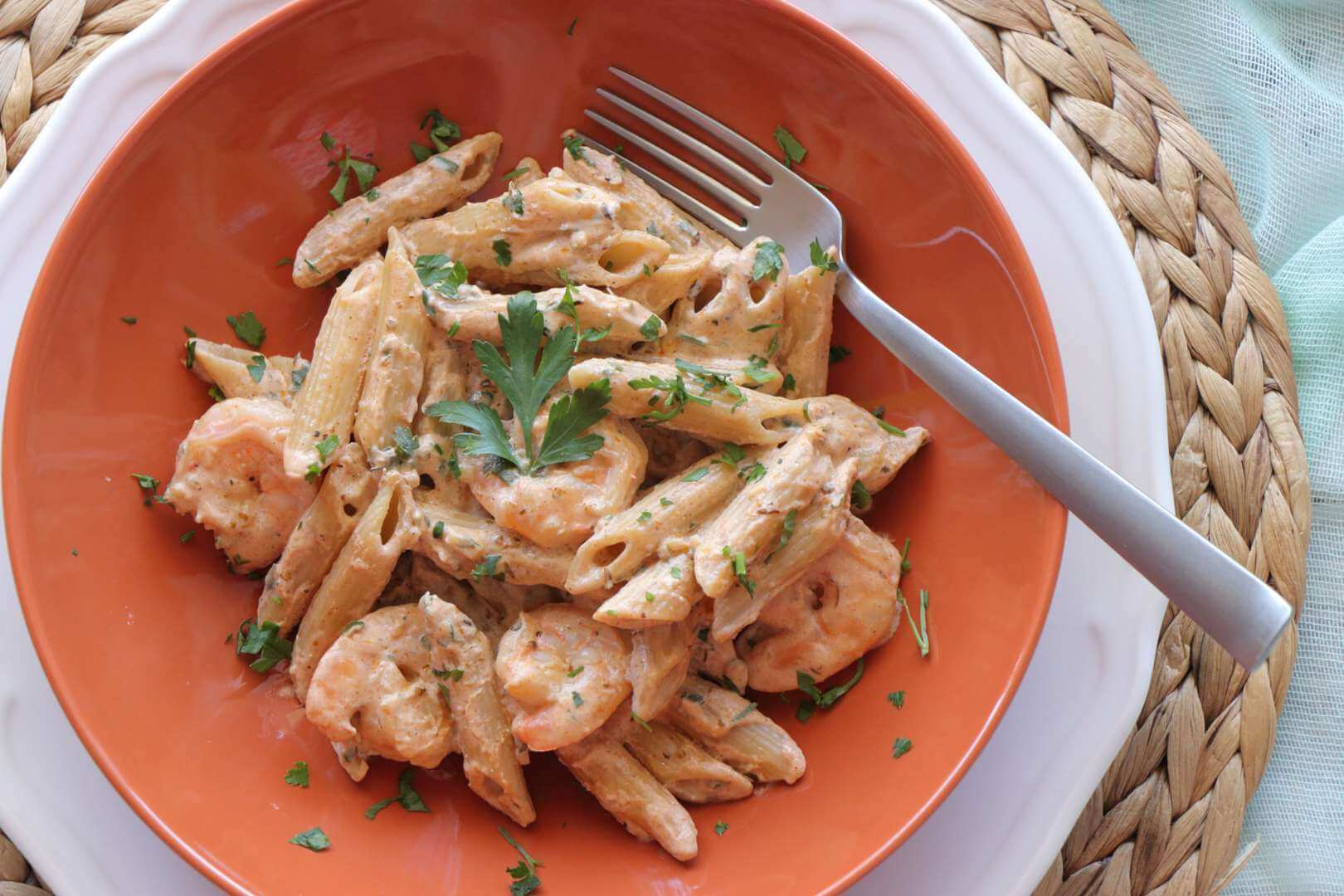 Πένες με γαρίδες και κρέμα τυρί